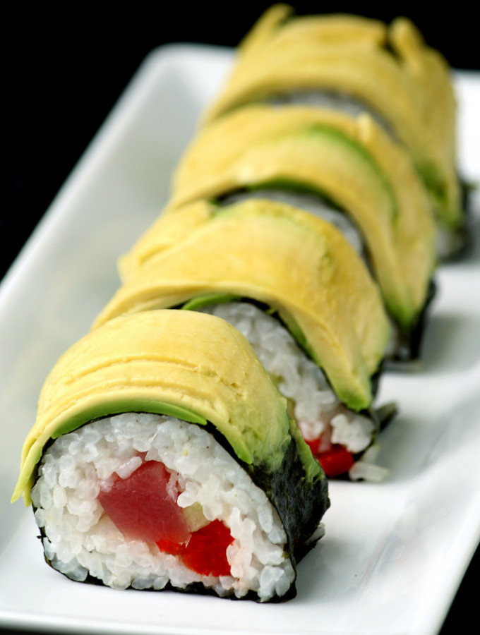 Unexpected – {Tuna and Roasted Red Pepper Sushi Roll}