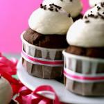 Late-Night Cupcakes – {Cream Liqueur Cupcakes}