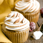 Dream – {Cinnamon Graham Cupcakes with Mixed Berry Filling and Swiss Meringue}