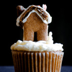 Festive – {Gingerbread Cupcakes with Obnoxiously Tiny Gingerbread House Toppers}