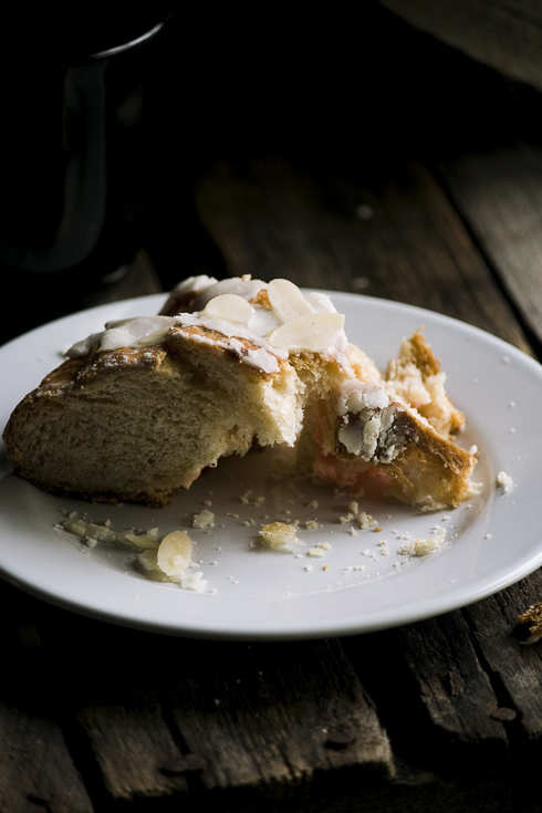 Review – {Stollen}